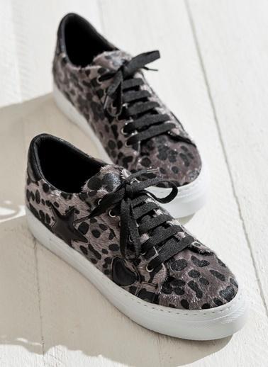 Elle Desenli Bağcıklı Ayakkabı Siyah